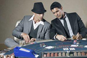 spil blackjack med andre